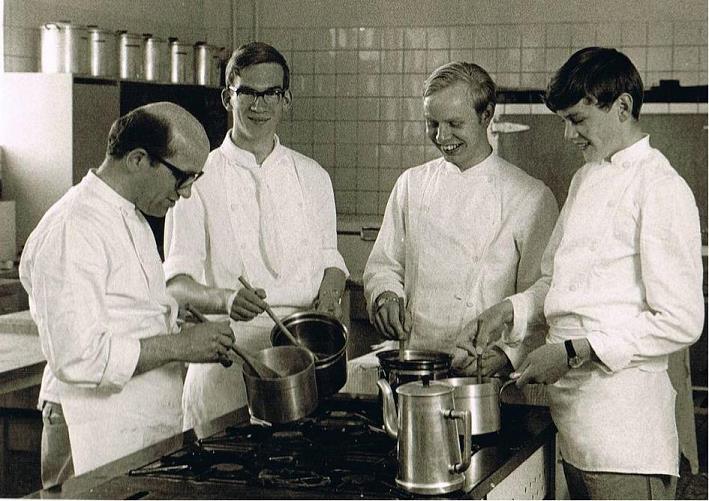 vlnr br. Pius, Frans de Bresser, Gerard Langelaan ( broeder van maastricht) en Ton Dieker