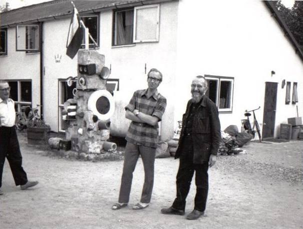 Emmaus-communauteit Haarzuilens 1968 - Gijs van den Berg met abbé Pierre
