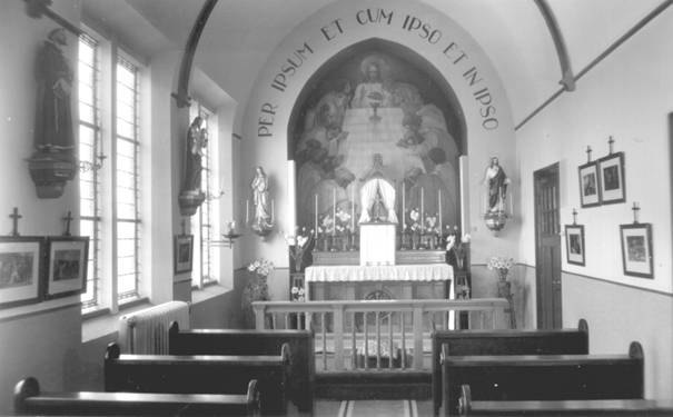 De kapel van de zusters. 'Ons' kapelletje op 28 april 1951