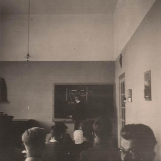 Bij pater Habets, leraar Grieks