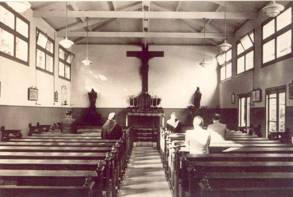 De Kapel die later iets verfraaid werd.